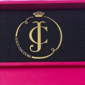 Juicy Couture Jewelry - Juicy Couture heart bracelet with diamonds
